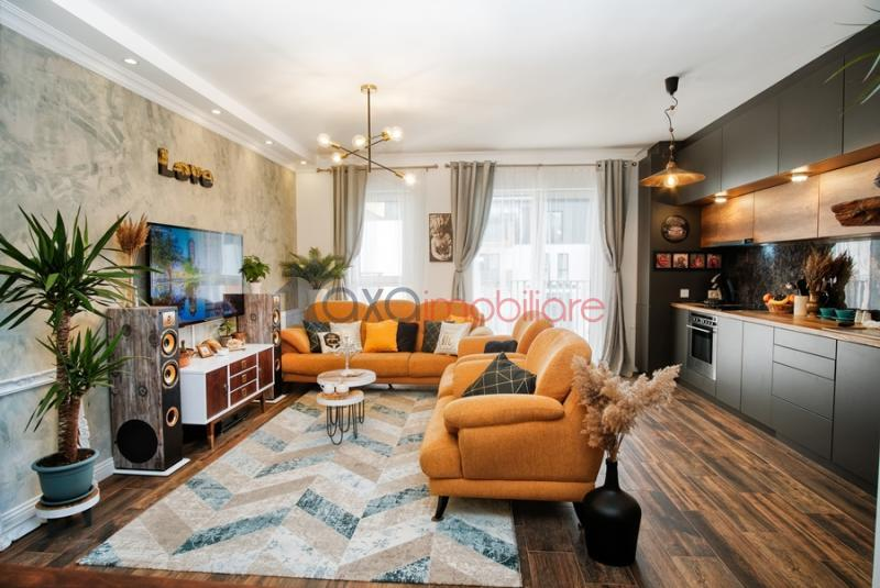 Apartment 3 rooms for sell in Floresti